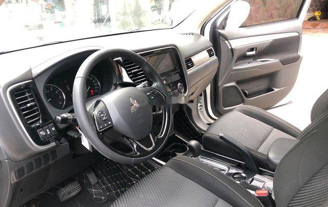 Xe Mitsubishi Outlander sản xuất năm 2019, giá chỉ 775 triệu6