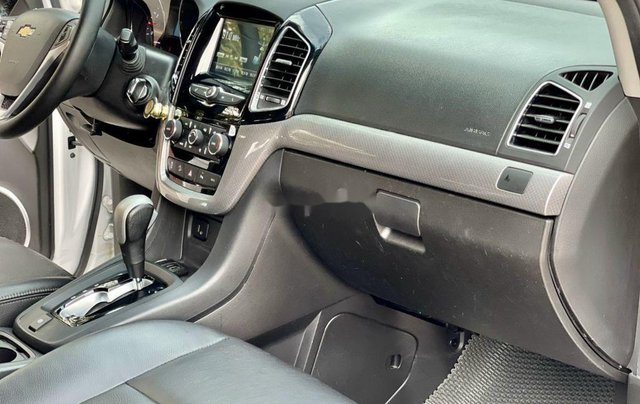 Bán xe Chevrolet Captiva sản xuất 2017, giá mềm4