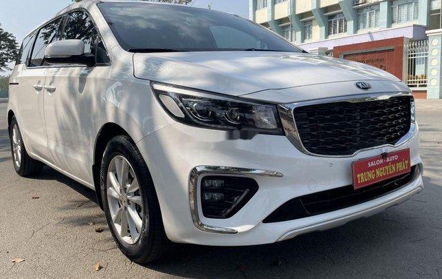 Cần bán gấp Kia Sedona đời 2019, màu trắng 1