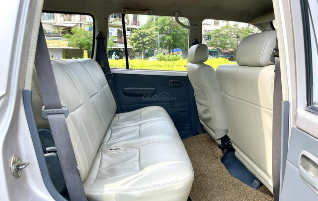 Bán Toyota Land Cruiser năm sản xuất 1993, màu bạc, nhập khẩu nguyên chiếc số sàn giá cạnh tranh5