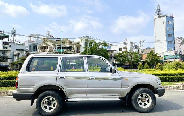 Bán Toyota Land Cruiser năm sản xuất 1993, màu bạc, nhập khẩu nguyên chiếc số sàn giá cạnh tranh1