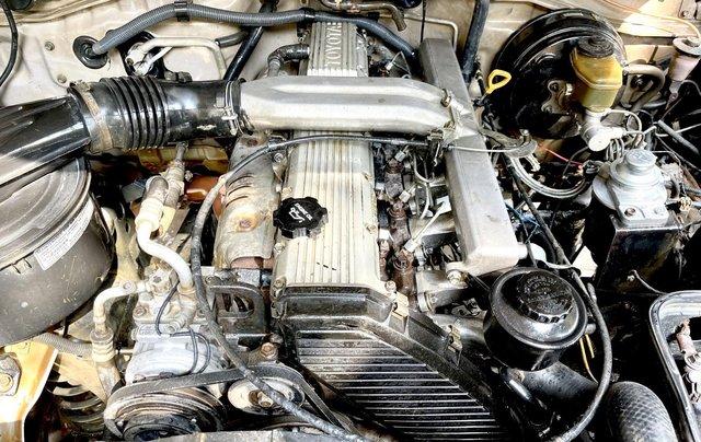 Bán Toyota Land Cruiser năm sản xuất 1993, màu bạc, nhập khẩu nguyên chiếc số sàn giá cạnh tranh11
