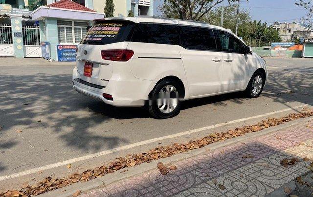 Cần bán gấp Kia Sedona đời 2019, màu trắng 4