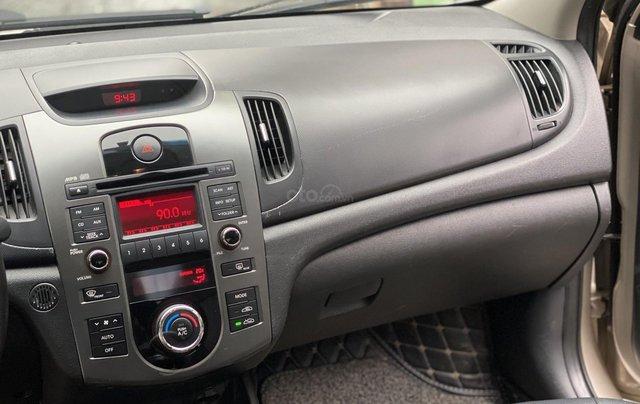 Bán xe Kia Forte đăng ký lần đầu 2011, màu kem (be), xe nhập, giá chỉ 315 triệu đồng11