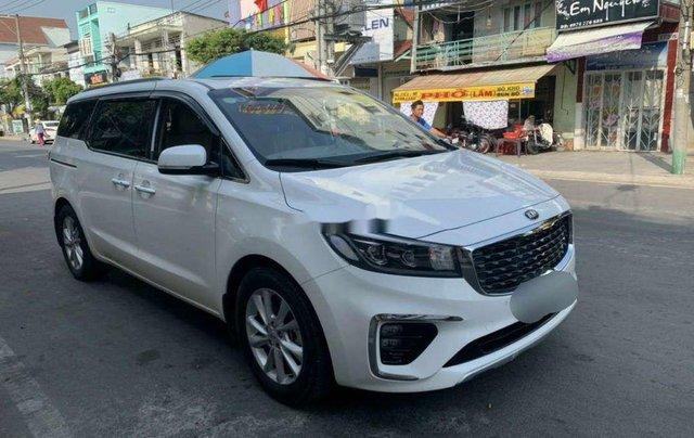 Bán ô tô Kia Sedona sản xuất 2019 còn mới2