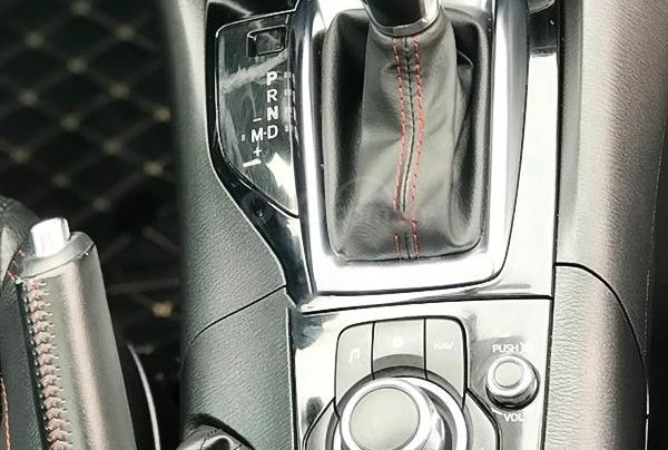 Cần bán Mazda 3 2017, màu xanh lam, giá cạnh tranh2