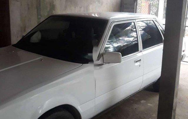 Bán Toyota Camry đời 1985, màu trắng, xe nhập còn mới1