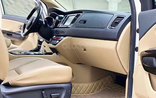 Cần bán lại xe Kia Sedona 2.2 DAT Luxury đời 2019, màu trắng còn mới2