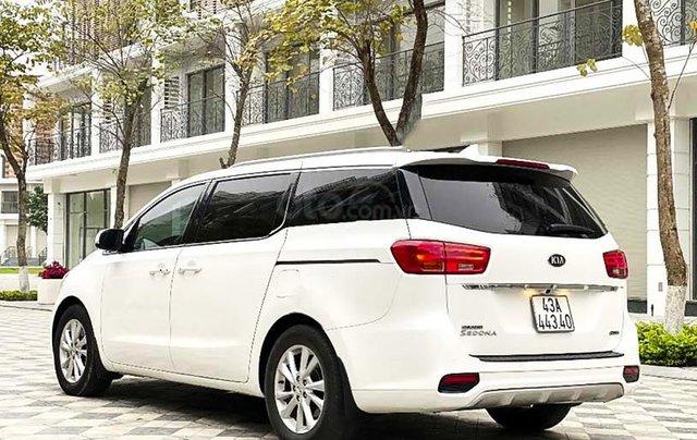Cần bán lại xe Kia Sedona 2.2 DAT Luxury đời 2019, màu trắng còn mới1