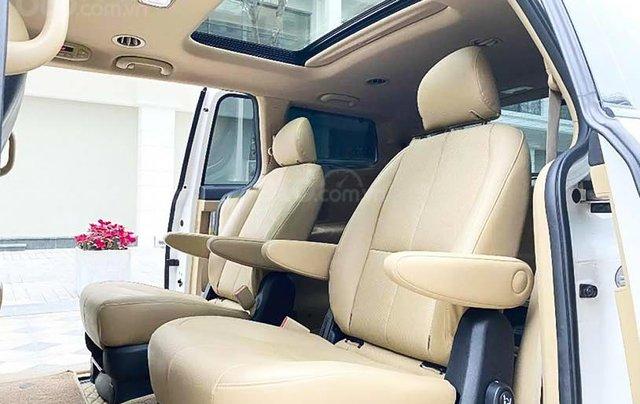Cần bán lại xe Kia Sedona 2.2 DAT Luxury đời 2019, màu trắng còn mới3