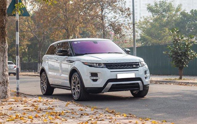 Cần bán lại xe LandRover Range Rover sản xuất 2013, màu trắng, xe nhập0