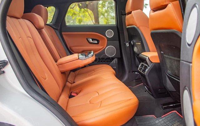 Cần bán lại xe LandRover Range Rover sản xuất 2013, màu trắng, xe nhập5