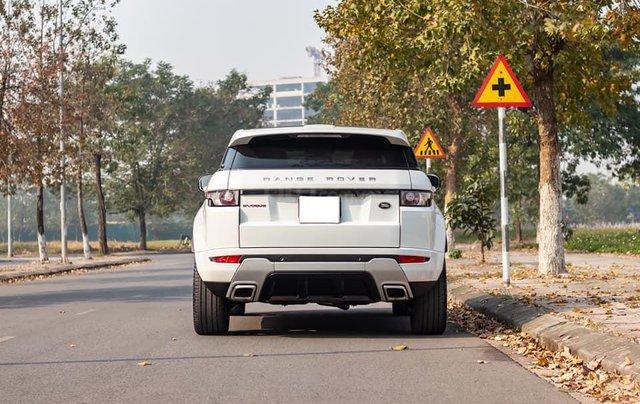 Cần bán lại xe LandRover Range Rover sản xuất 2013, màu trắng, xe nhập2