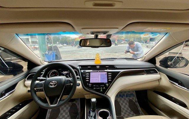 Cần bán lại xe Toyota Camry năm sản xuất 2019, màu đen, nhập khẩu giá cạnh tranh4