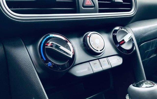 Bán ô tô Hyundai Kona 2.0 AT tiêu chuẩn sản xuất năm 2021, mới 100%3