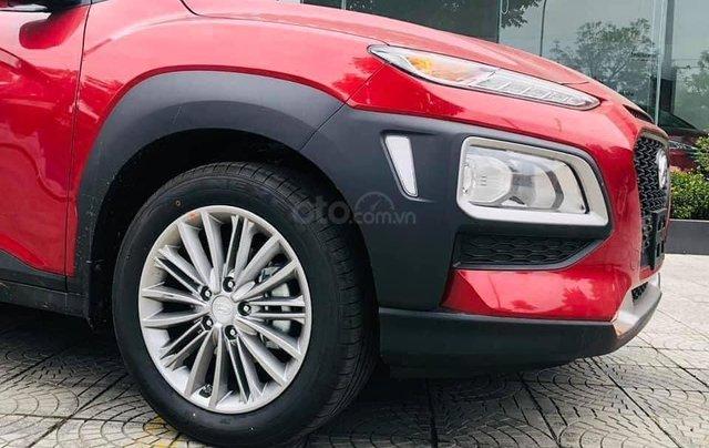Bán ô tô Hyundai Kona 2.0 AT tiêu chuẩn sản xuất năm 2021, mới 100%2