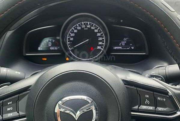 Bán Mazda 3 đời 2017, màu đen4