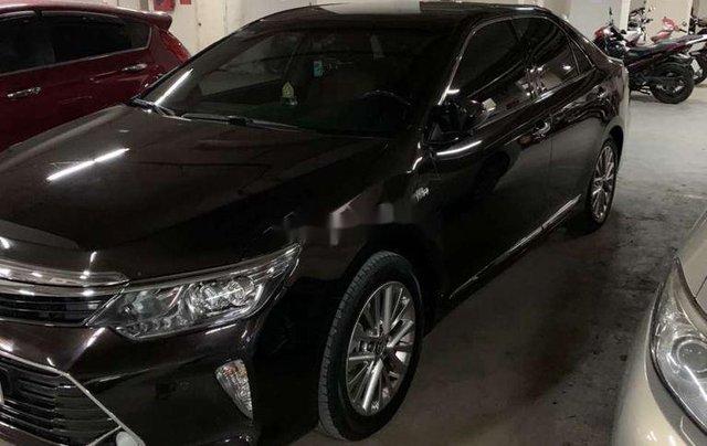Cần bán lại xe Toyota Camry 2,5Q năm sản xuất 2018, nhập khẩu, giá 990tr0