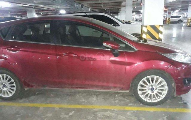 Chính chủ cần bán Ford Fiesta đời 2016, màu đỏ chính chủ, giá chỉ 450 triệu