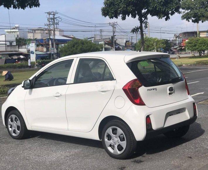 Cần bán Kia Morning năm sản xuất 2019, màu trắng giá cạnh tranh0