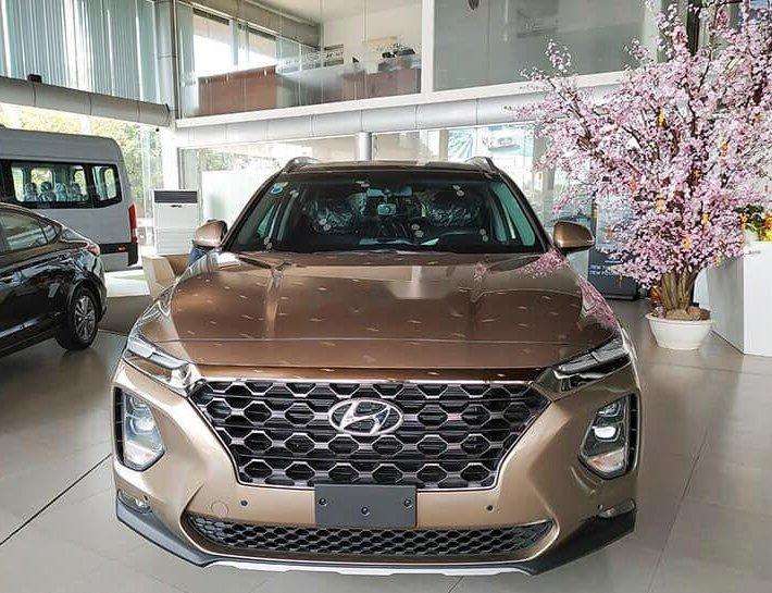 Cần bán xe Hyundai Santa Fe đời 2019, màu nâu0