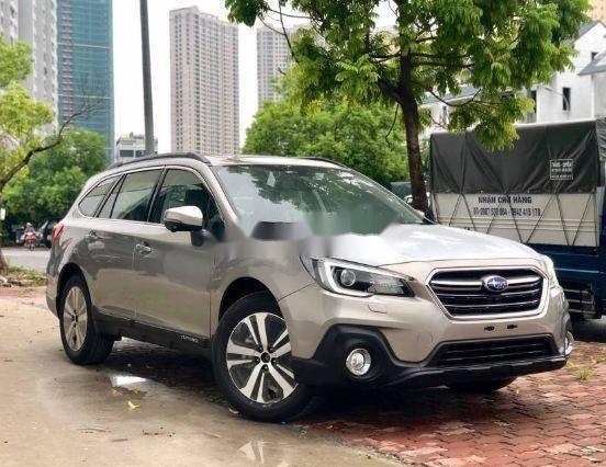 Bán Subaru Outback Eyesight đời 2018, màu bạc, số tự động0