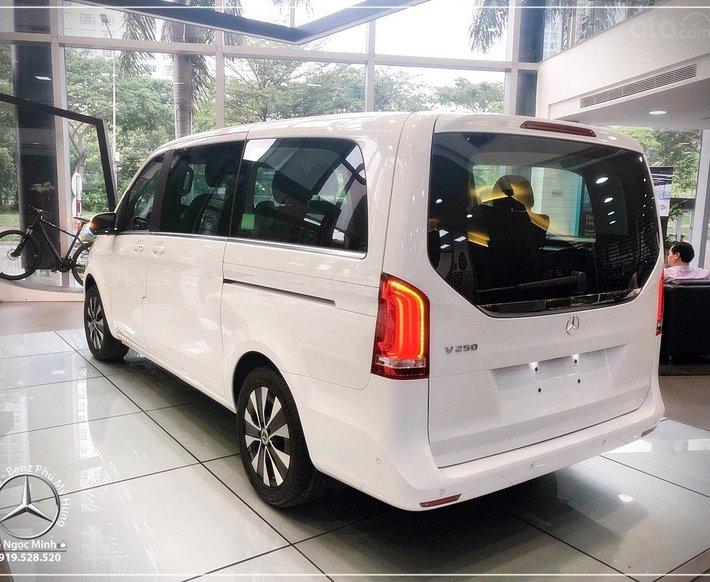2021 New Model Mercedes-Benz V250 Luxury, xe gia đình nhập khẩu 7 chỗ - xe giao ngay - bank 80%9