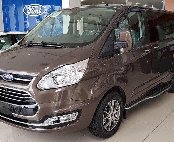 Ford Tourneo model 2020 - ngập tràn ưu đãi, tặng kèm phụ kiện0