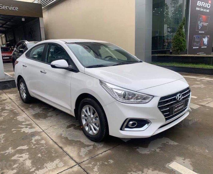 Bán Hyundai Accent MT đặc biệt + tặng tiền mặt + trả trước 120 triệu nhận xe ngay, góp 7,5 triệu/ tháng0