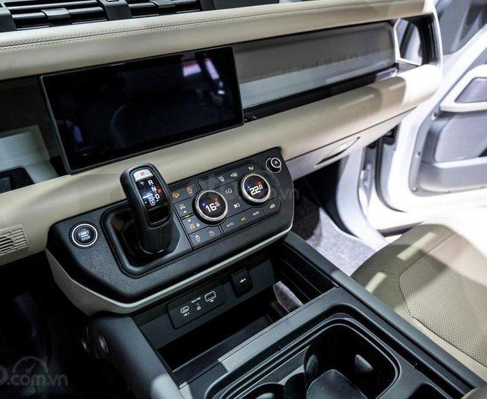 Bán xe Land Rover new Defender 2021 chính hãng, nhập khẩu mới 100% từ Anh Quốc, giá tốt nhất11