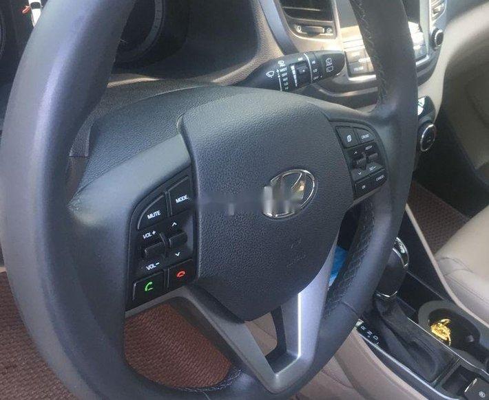 Bán xe Hyundai Tucson sản xuất 2019 giá cạnh tranh0