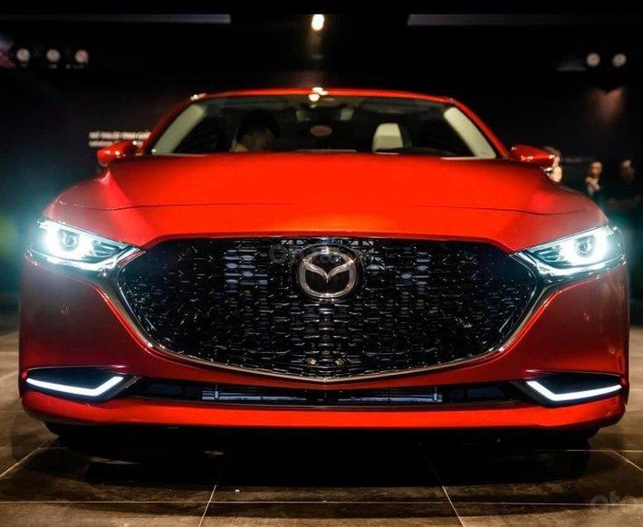 Mazda 3 2020 hỗ trợ vay 85%, trả trước 200tr có xe - Ưu đãi cực khủng lên đến 55tr tiền mặt0