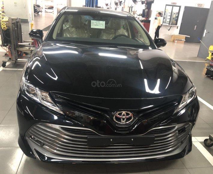 Bán Toyota Camry 2.0G, nhập Thái, đủ màu - xe giao ngay, khuyến mãi lớn0