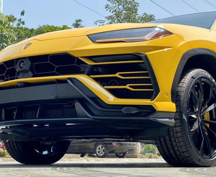 Lamborghini Urus 4.0l Full Carbon sx 2020 xe có sẵn tại showrom, giao xe toàn quốc giá tốt5