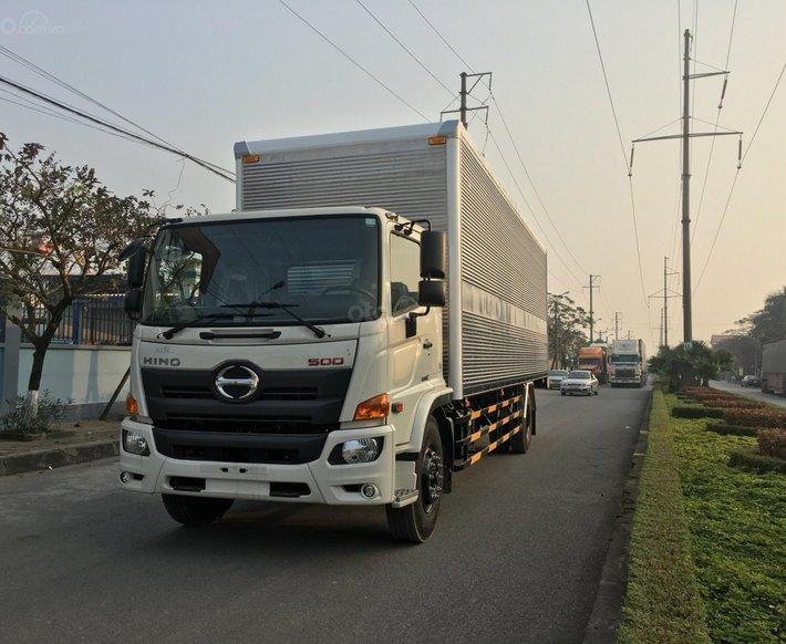 Xe 8 tấn Hino thùng chở Pallet0
