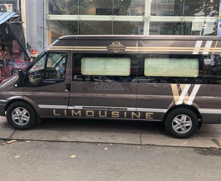 Transit Limousine 10 chỗ phiên bản VIP độc quyền tại Sài Gòn Ford0