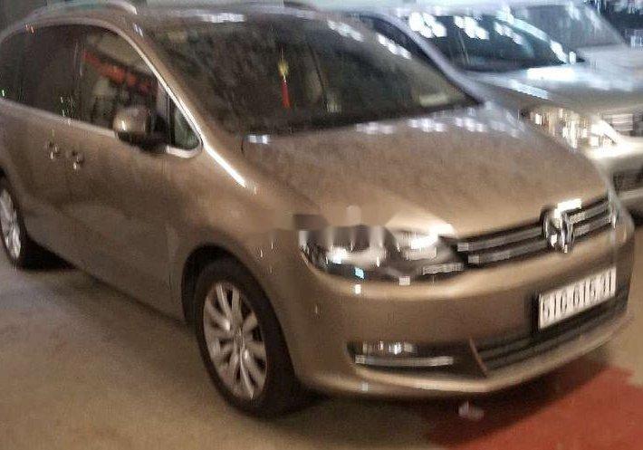 Cần bán gấp Volkswagen Sharan 2016, nhập khẩu, giá chỉ 999 triệu0