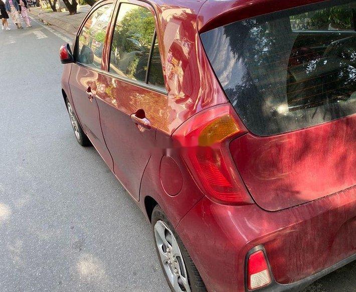 Gia đình bán Kia Morning đời 2017, màu đỏ, xe nhập0