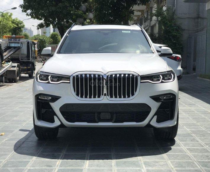 Bán ô tô BMW X7 xDrive 40i Msport SX 2020, màu trắng, nhập khẩu, mới 100%0