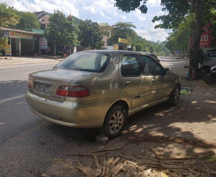 Cần bán xe Fiat Albea sản xuất 2004, xe nhập còn mới giá cạnh tranh2