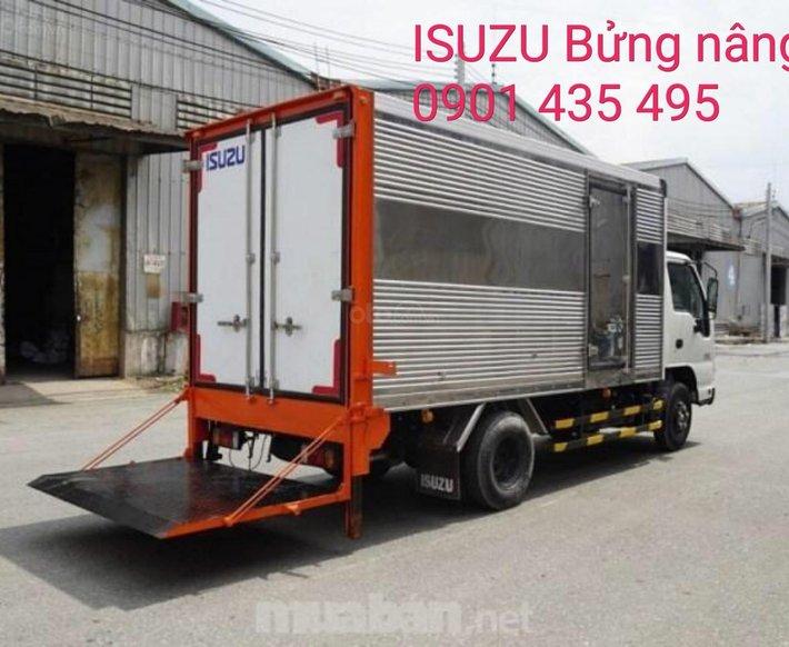 Bán Isuzu 1T9 thùng kín bửng nâng - KM: máy lạnh, 12 phiếu bảo dưỡng, radio MP30