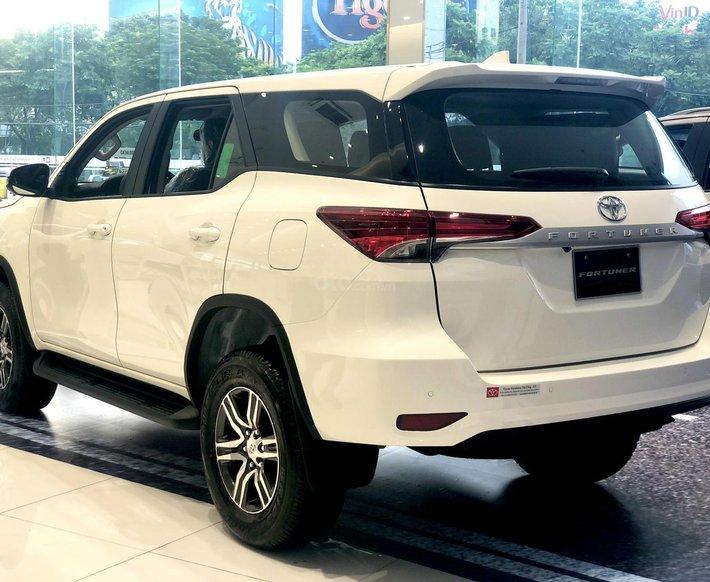 Toyota Fortuner 2021 đủ màu giao ngay, chỉ 255tr là có xe2