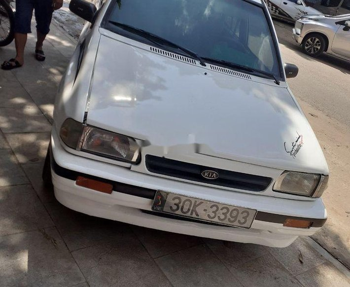 Cần bán xe Kia CD5 2001, màu trắng giá cạnh tranh0
