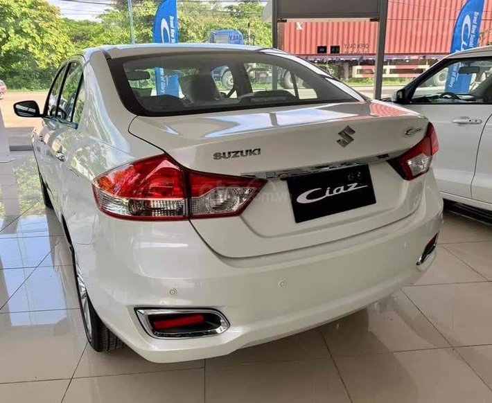 Suzuki new Ciaz 2021, nhập khẩu, giá tốt nhiều khuyến mại, hỗ trợ trả góp đến 90%2