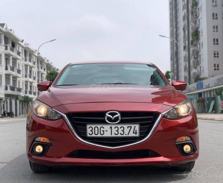 Bán xe Mazda 3 sx 2015, màu đỏ sang trọng0