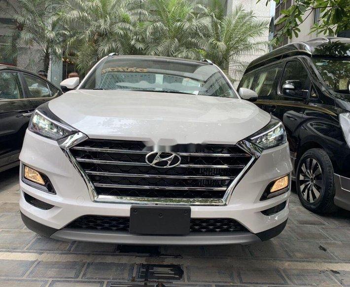 Bán xe Hyundai Tucson 2020, màu trắng0