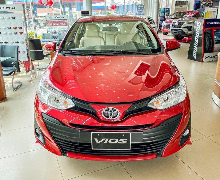 Toyota Vios 1.5E CVT giá tốt, khuyến mãi hấp dẫn, đủ màu giao ngay, hỗ trợ tài chính 85%/8 năm0