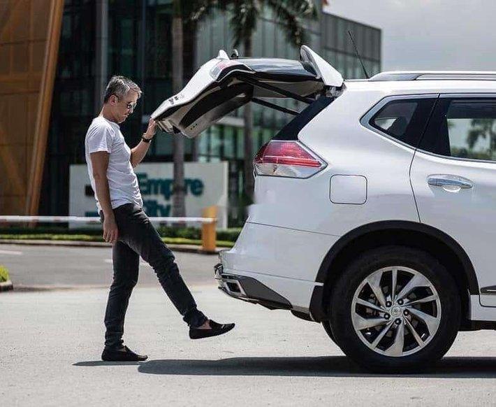 Bán xe Nissan X trail năm sản xuất 2020, màu trắng 4