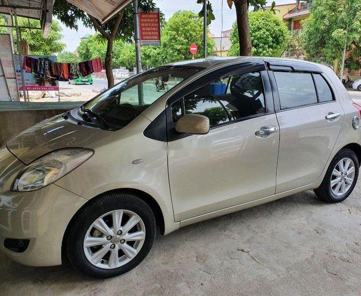 Xe Toyota Yaris sản xuất năm 2010, xe nhập, còn mới, hoạt động tốt0