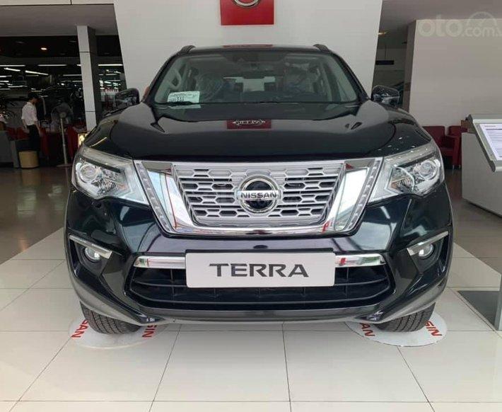 Bán gấp với giá thấp chiếc Nissan Terra đời 2020, xe có sẵn, giao nhanh toàn quốc0